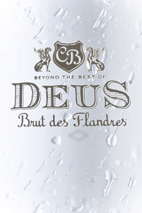 studio photo of deus glass and water drops