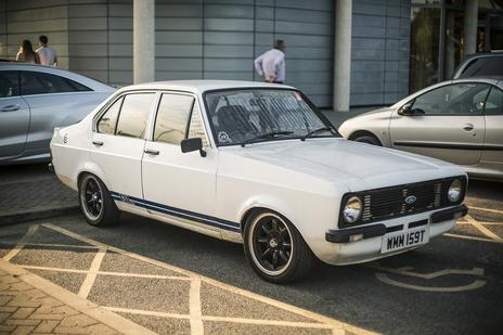 Ford Escort MK ii photo