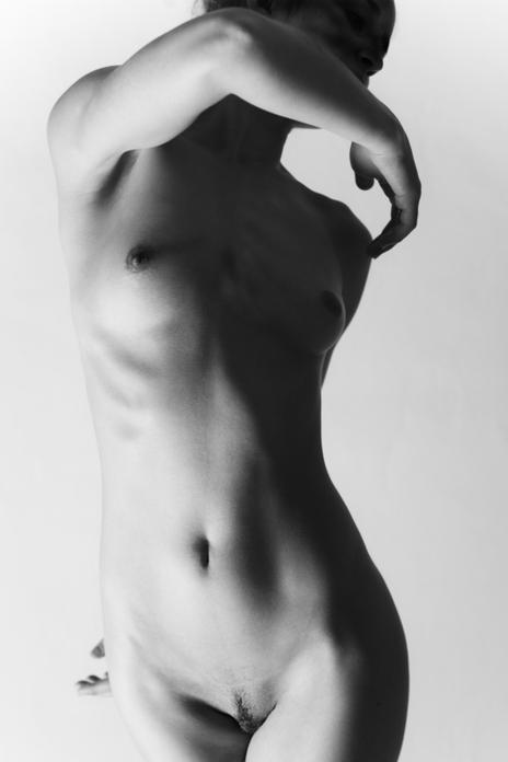 art nude mono