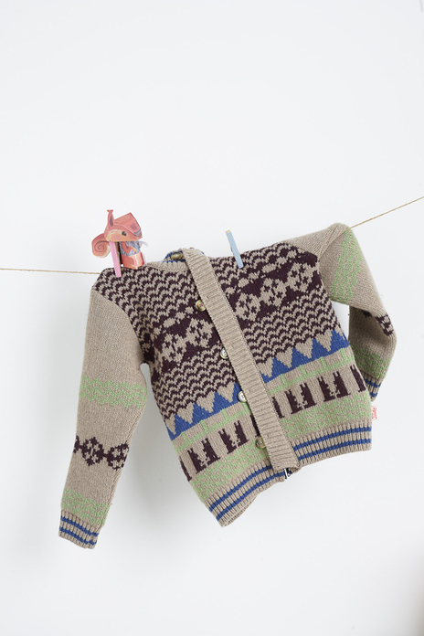 childrens jumper hanging studio photo
