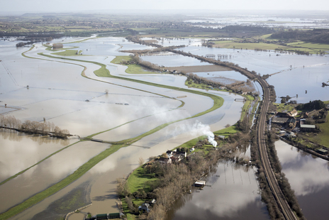 aerial photo of river parrot flooding over Somerset levels