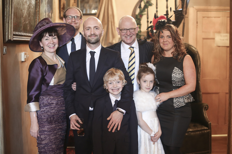 groom family photo at his somerset wedding