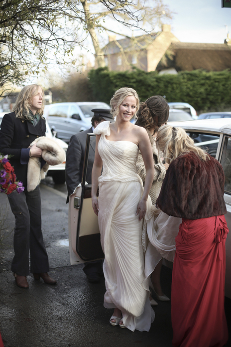 bride stepping out of car at her somerset wedding