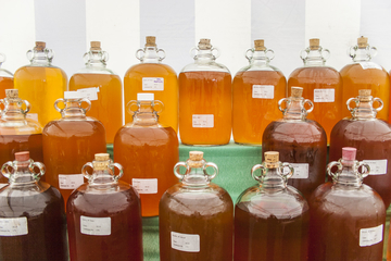 cider demijohns in competition